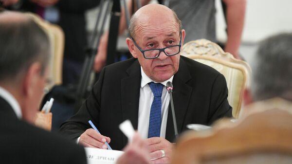 Министр Европы и иностранных дел Франции Жан-Ив ле Дриан