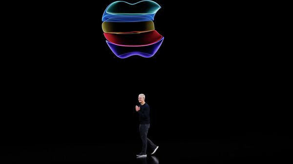 Генеральный директор Apple  Тим Кук выступает на презентации штаб-квартире в Купертино, штат Калифорния. 10 сентября 2019