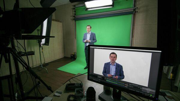 Нейросеть-видеомейкер в работе