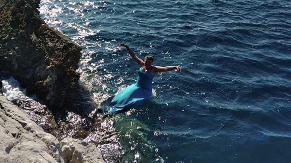 Надежда Савченко во время отдыха на море