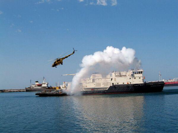 Начало штурма морского судна захваченноготеррористами