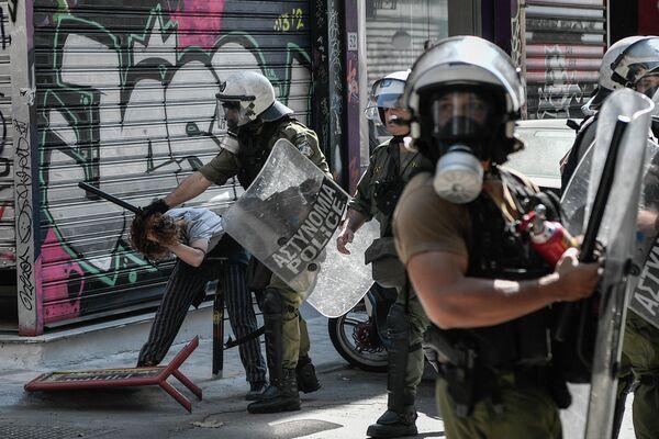 Беспорядки в центральном районе Афин Экзархия