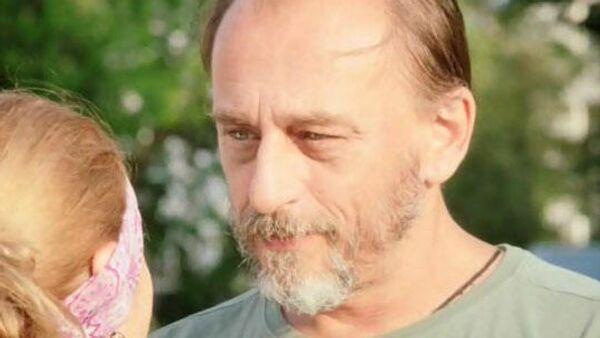 Актер Сергей Афанасьев. Кадр из сериала Земский доктор. Возвращение
