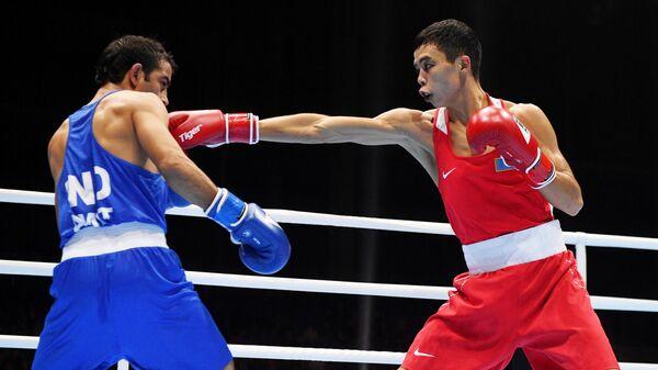 Справа налево: Амит (Индия) и Сакен Бибосынов (Казахстан)