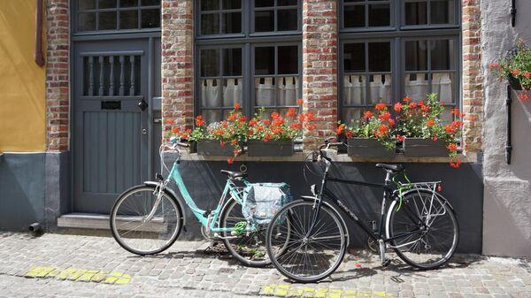 Велосипеды на улице в Брюгге