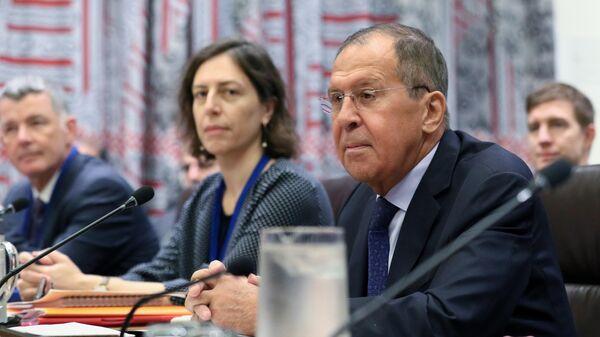 Министр иностранных дел РФ Сергей Лавров во время министерской встречи пятерки и Ирана по СВПД в рамках 74-й сессии Генеральной Ассамблеи ООН
