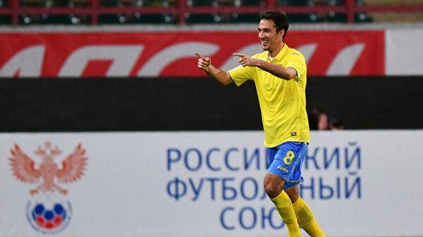 Игрок ФК Ростов Ивелин Попов
