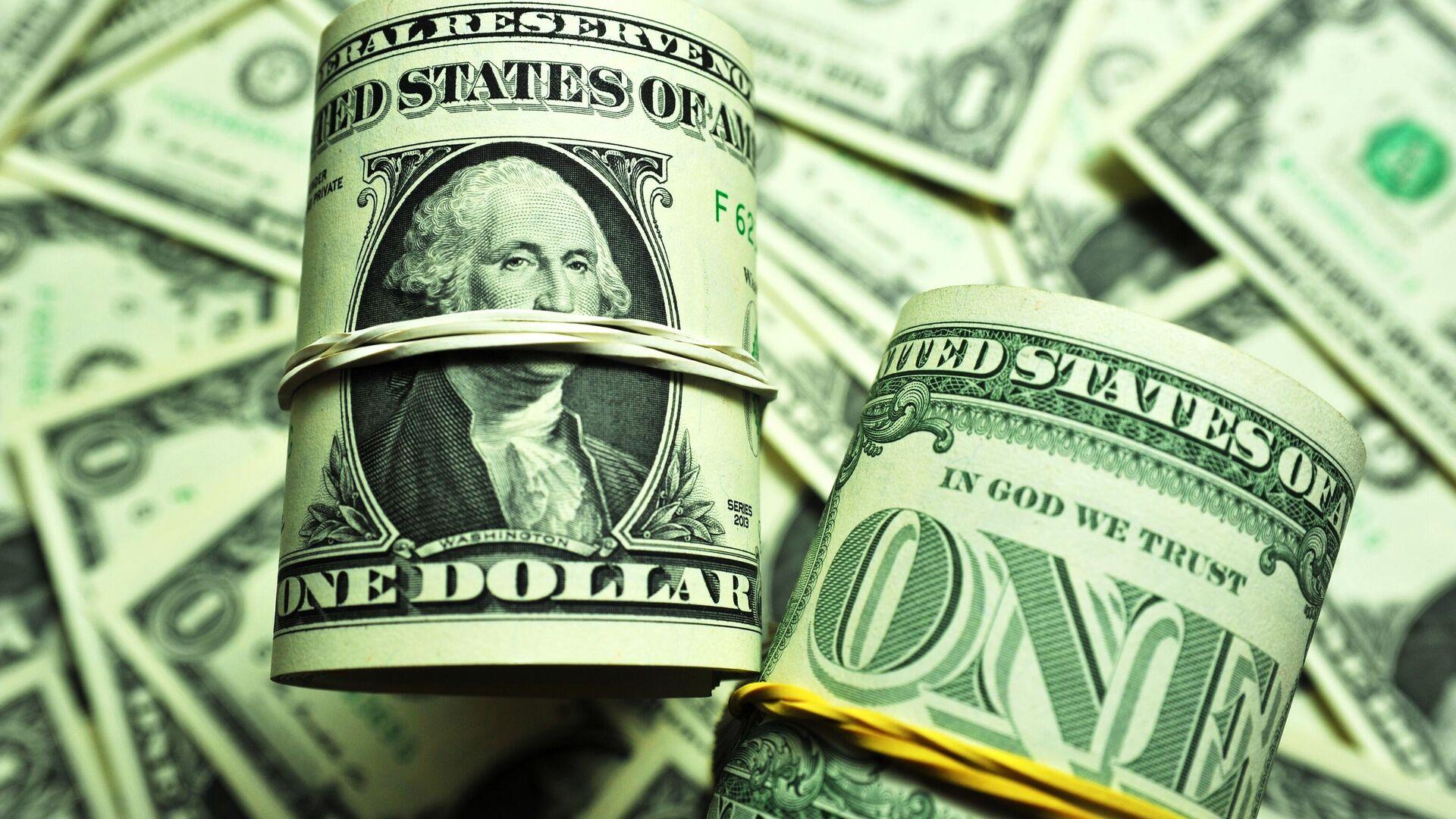 Банкноты номиналом 1 доллар США - РИА Новости, 1920, 07.05.2021