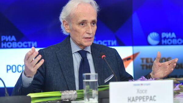 Испанский оперный певец Хосе Каррерас во время пресс-конференции в ММПЦ МИА Россия сегодня