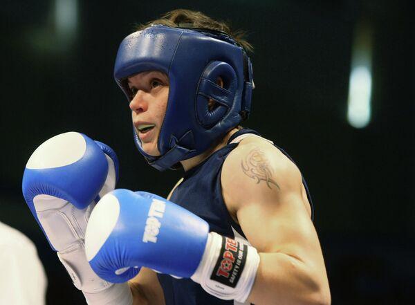 Гладкова Олеся, одержавшая победу в финале чемпионата России по боксу среди женщин в весовой категории до 51кг.