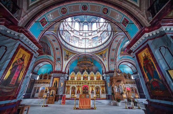 Внутреннее убранство Иоанно-Предтеченского собора на территории государственного музея-заповедника Зарайский кремль