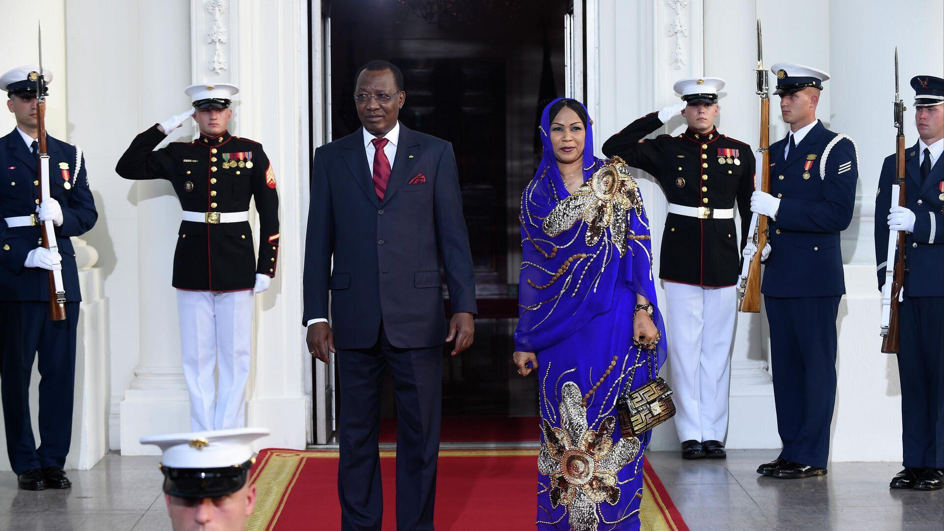 Президент Чада Идрис Деби с супругой Хиндой во время визита в США. 5 августа 2014  - РИА Новости, 1920, 21.04.2021