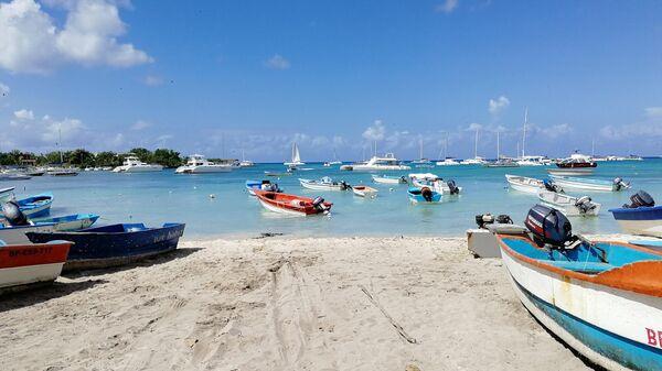 Доминикана. Экскурсии на Саону начинаются от рыбацкой деревни Байяибе