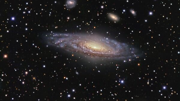 """Ученые нашли """"призраков"""" в невидимых частях галактик"""