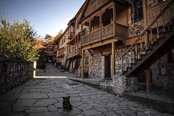 На одной из улиц города Дилижан в Армении