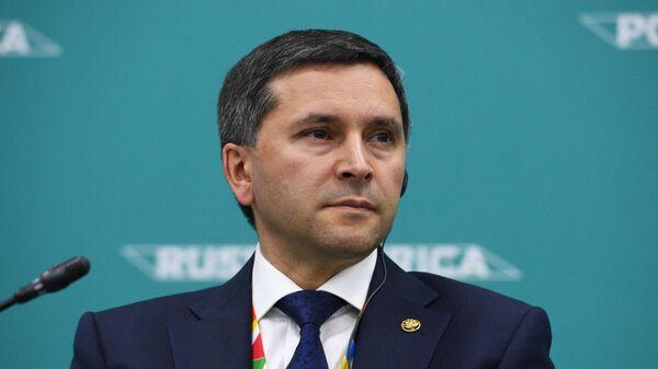 Министр природных ресурсов и экологии Российской Федерации Дмитрий Кобылкин на экономическом форуме Россия – Африка
