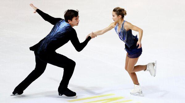 Фигуристы Денис Ходыкин и Дарья Павлюченко