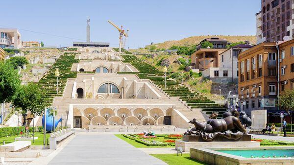 Архитектурно-монументальный комплекс в Ереване Каскад