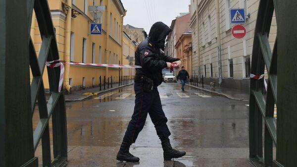 Следственные действия на реке Мойке в Санкт-Петербурге