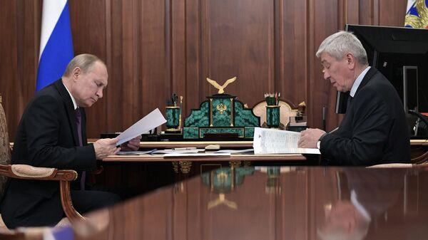 Путин встретится с главой Росфинмониторинга Чиханчиным