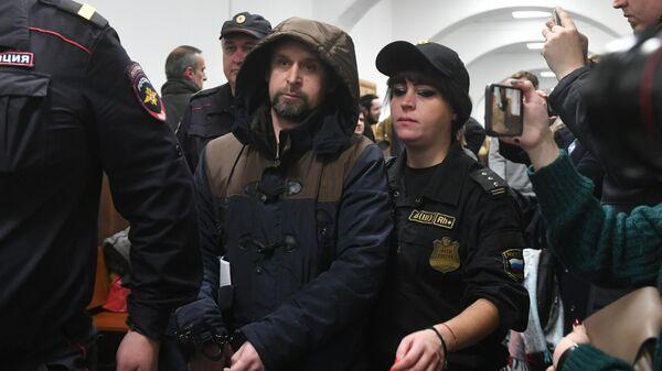 Алексей Вересов в Басманном суде Москвы