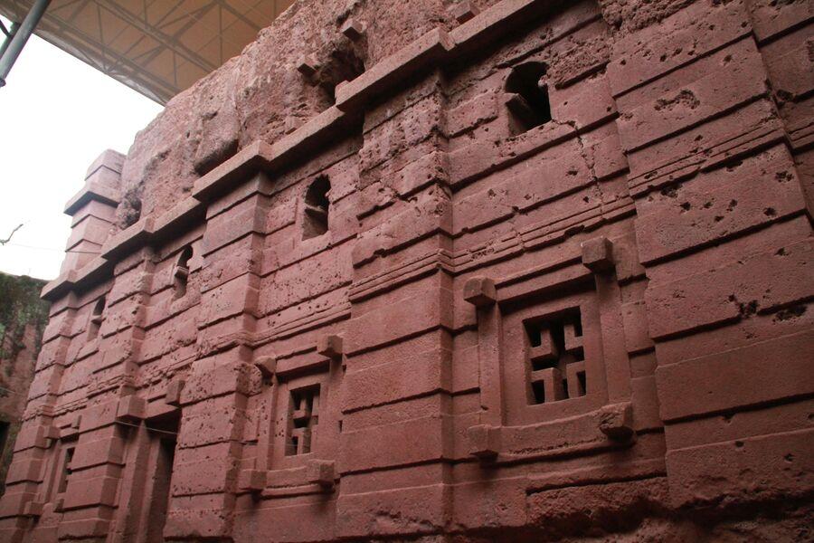 Скальная церковь Бет Амануэль. Лалибела. Эфиопия