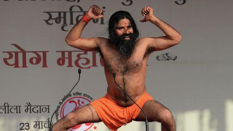 Индийский гуру йоги Свами Рамдев