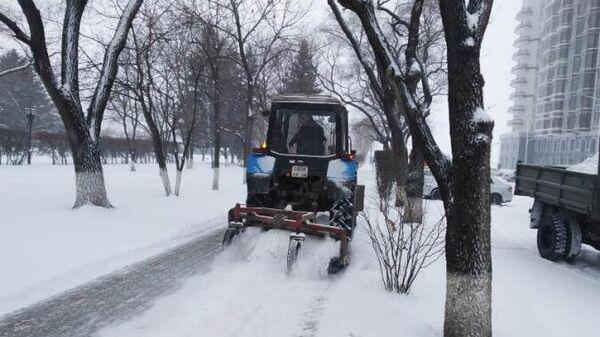 Уборка снега в Благовещенске