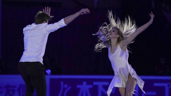 Виктория Синицина и Никита Кацалапов (Россия) на показательных выступлениях V этапа Гран-при по фигурному катанию.