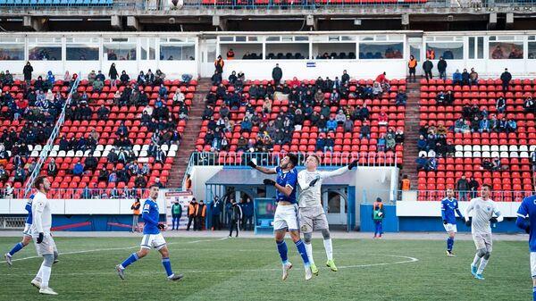 Факел - Нижний Новгород в матче первенства ФНЛ