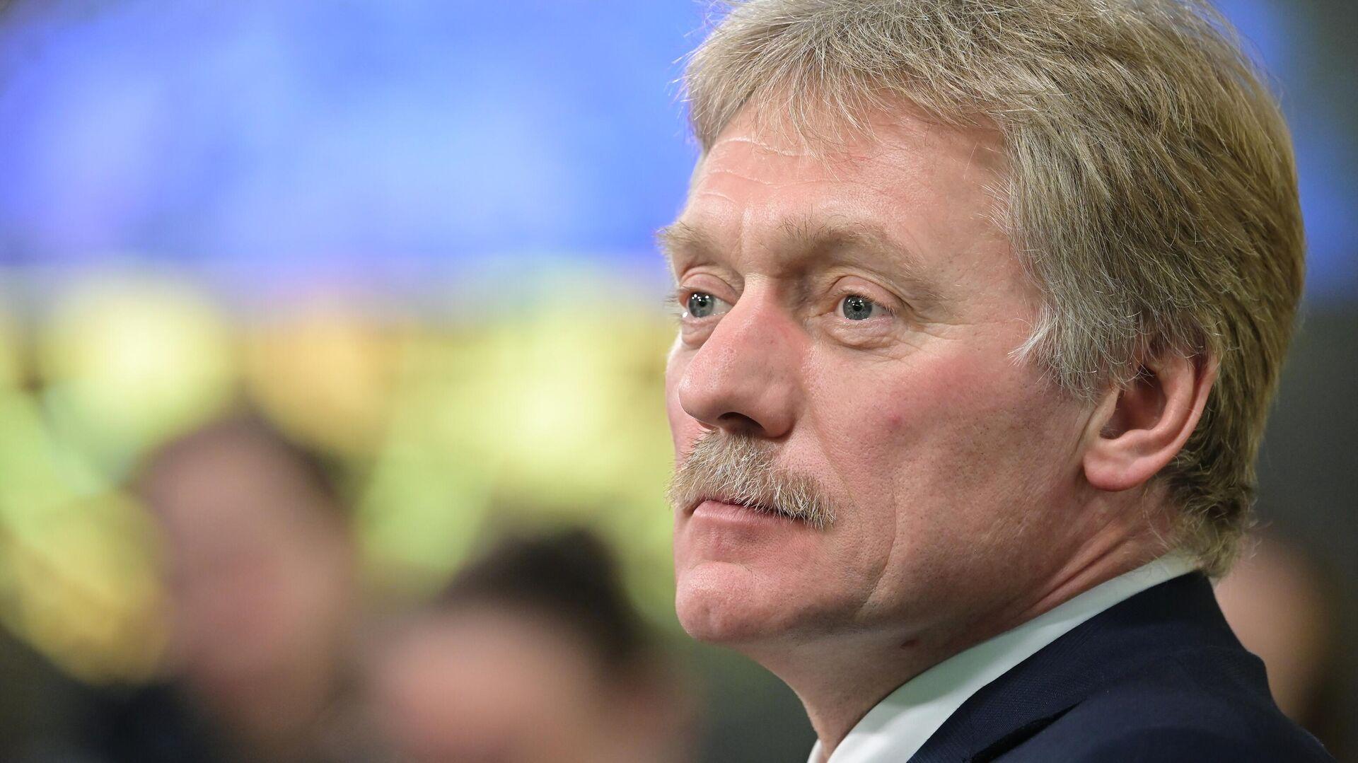 """Песков заявил о выходе Украины за """"красные линии"""""""