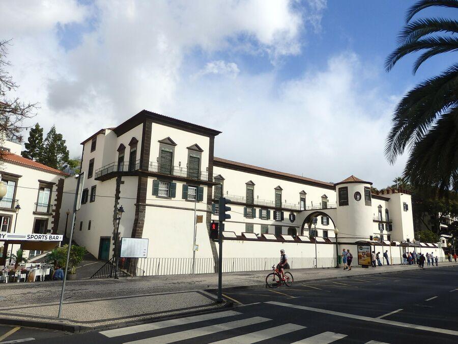 Фуншал, крепость-дворец Сан-Лоренцо