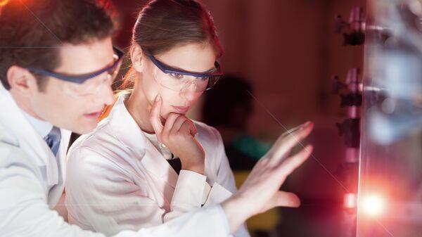 Ученые исследовали новые свойства взаимодействия света и вещества