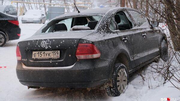 На месте стрельбы в Орджоникидзевском районе Перми. 4 декабря 2019