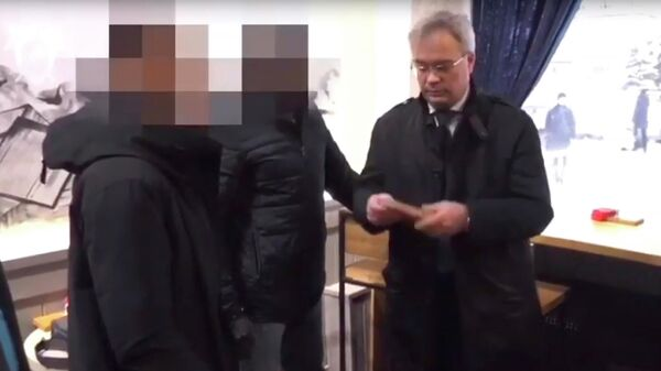 Стоп-кадр оперативного видео задержания Сергея Родионова