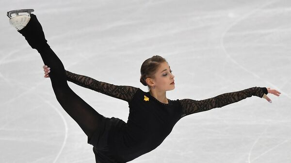 Косторная показала, как тренируется под руководством Плющенко