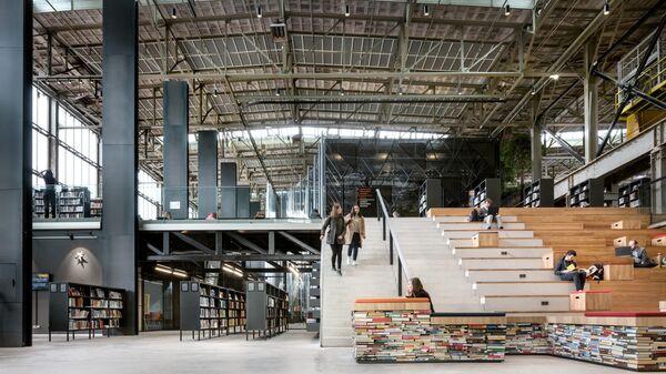 Публичная библиотека LocHal в голландском городе Тилбург