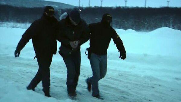 Кадры задержания сторонника Правого сектора*, планировавшего теракт в Мурманске