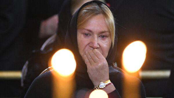 Вдова Ю. Лужкова Елена Батурина на церемонии прощания