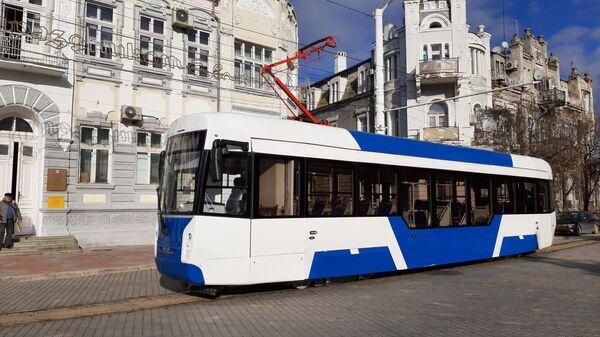 Трамвай 71-411