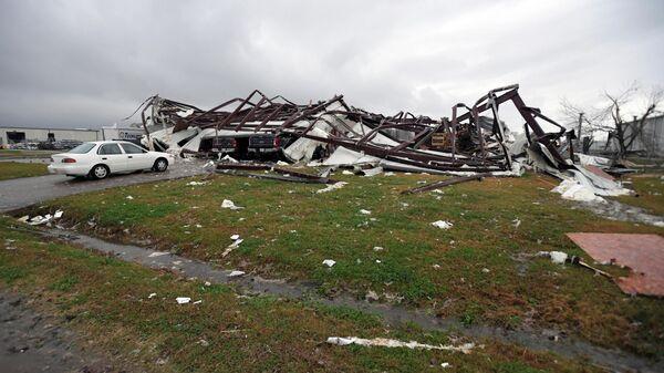 Последствия торнадо в Александрии, штат Луизиана. 16 декабря 2019