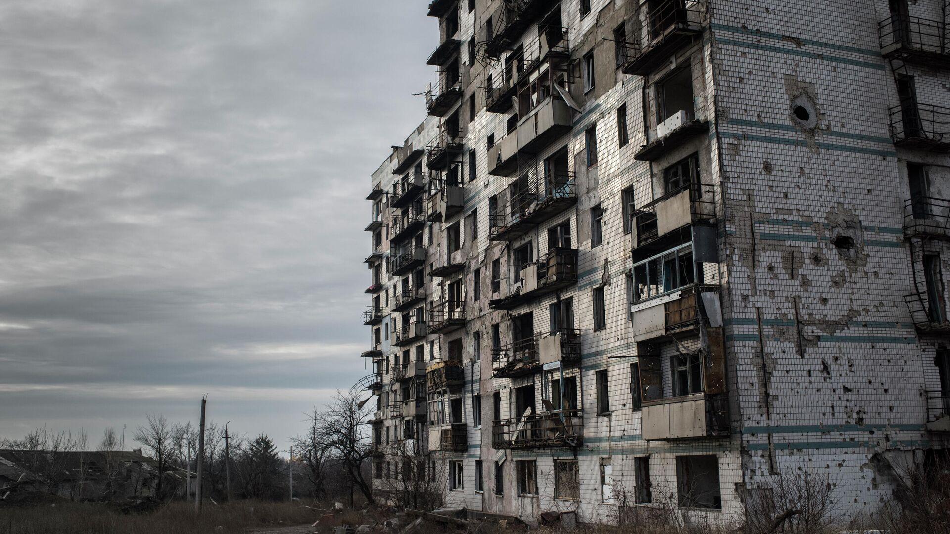 Разрушенный дом в Донецке - РИА Новости, 1920, 18.01.2021