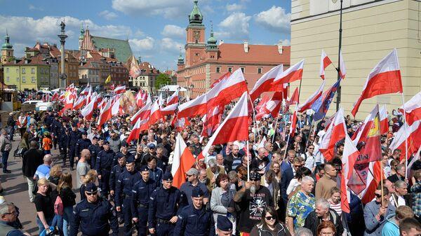 Марш против ЕС в Варшаве