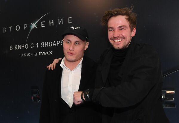 Актеры Никита Кукушкин и Александр Петров на премьере фильма Вторжение