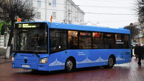 Новогодний автобус в Твери