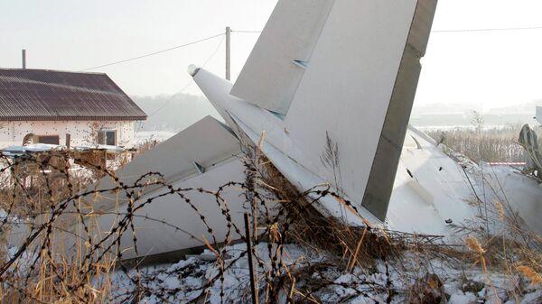 Место крушения самолета Fokker 100 казахстанской авиакомпании Bek Air, следовавшего рейсом Алма-Ата – Нур-Султан