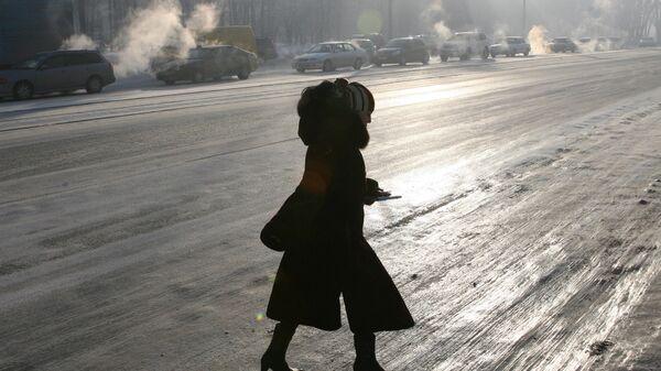 Женщина на улице Новосибирска