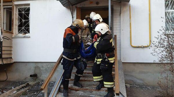 Последствия хлопка газа на первом этаже в жилом доме, Курск. 7 января 2020