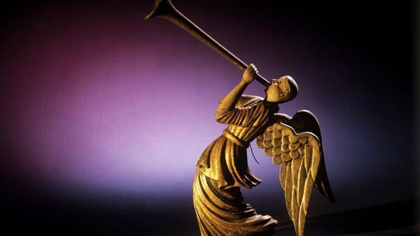 Летящий ангел. Пермская деревянная скульптура