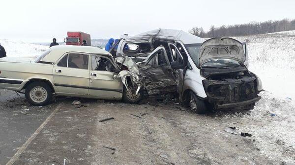 ДТП в районе села Полчаниновка Татищевского района, Саратовской области. 16 января 2019